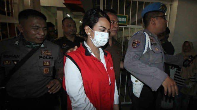 Diserahkan ke Kejaksaan, Vanessa Angel Kembali Ajukan Tahanan Kota