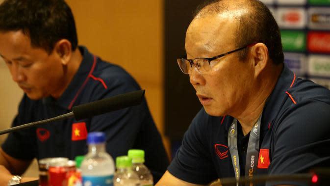 Park Hang-seo, pelatih Timnas Vietnam U-23. (Bola.com/Dok. VFF)