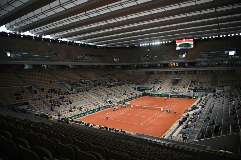 Roland Garros in autumn: No fans 'sucks', water to celebrate birthday