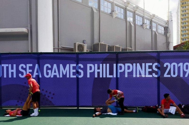 Dua ganda campuran tenis Indonesia melaju ke semifinal
