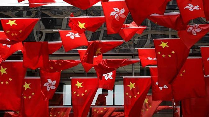 Bendera China dan Hong Kong (Kin Cheung / AP PHOTO)