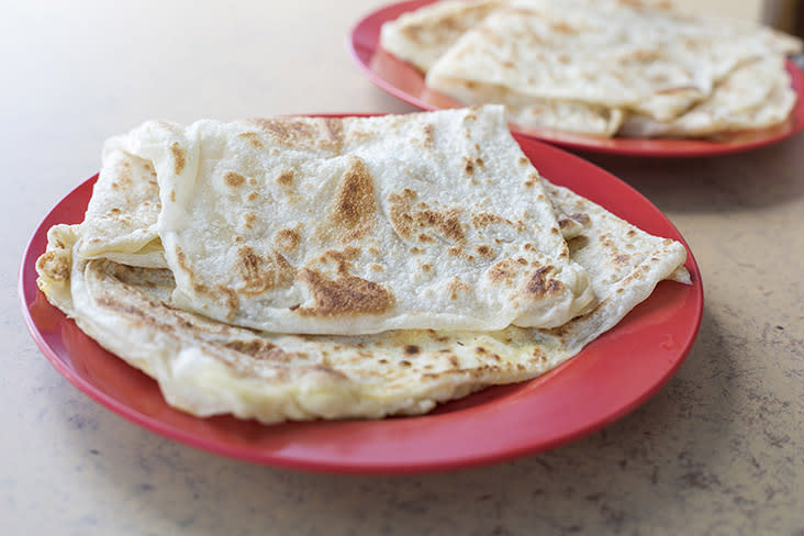 Light and crispy, Restoran Furong's 'roti canai' doesn't taste oily unlike at many other stalls