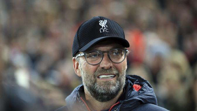 Manajer Liverpool Jurgen Klopp dalam laga kontra Salzburg pada matchday kedua Grup E Liga Champions di Anfield, Kamis (3/10/2019) dini hari WIB. Liverpool menang 4-3.(AP Photo/Jon Super)