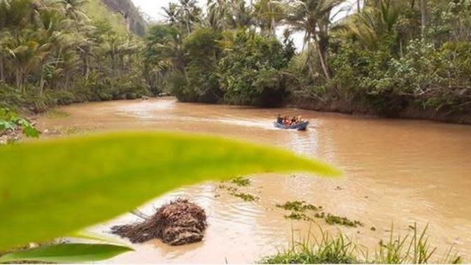 Sungai Maron (Sumber: pacitankab.go.id)