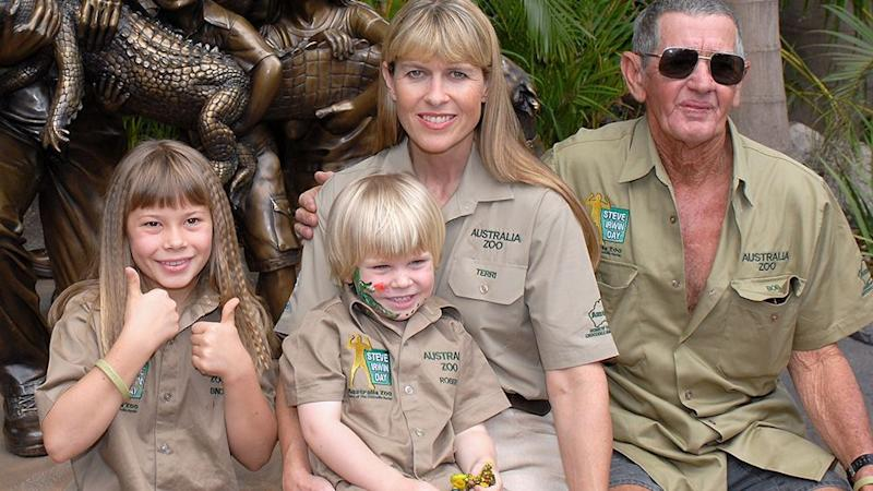 Bob Irwin with Bindi, Bob and Terri before he left the zoo, and lost contact with his late son's family. Photo: Getty Images