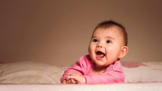 Ilustrasi bayi perempuan | Daniel Reche dari Pexels