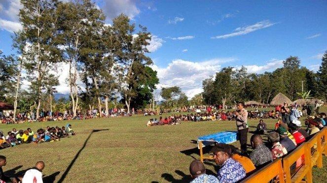 Suasana usai kericuhan dalam pertandingan sepakbola di Papua