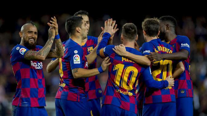 4. FC Barcelona - 852 juta euro. (AP/Joan Monfort)