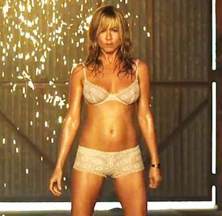 Jennifer Aniston Dances Dirty in First Trailer for 'We're The Millers'