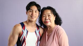 「虎媽」培育出體操港將 — 石偉雄