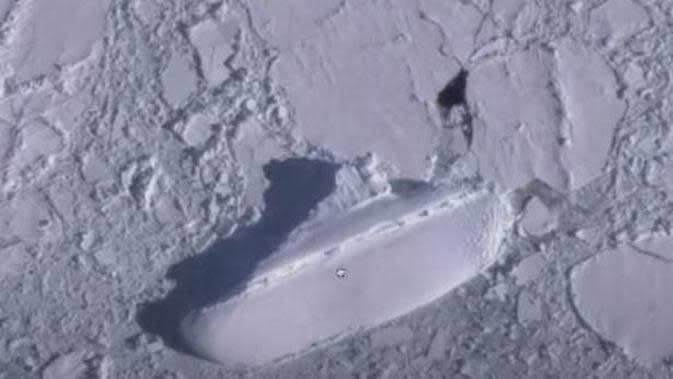 Penampakan Kapal Misterius di Antartika. (Foto: YouTube MrMBB333)