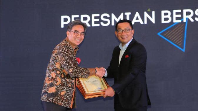 bank bjb Raih 2 Penghargaan Mitra Pembangunan Jawa Barat