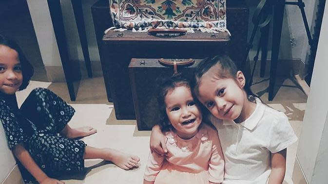 Potret Noah Sinclair bersama saudara sepupunya. (Sumber: Instagram/@noahsinclair01)