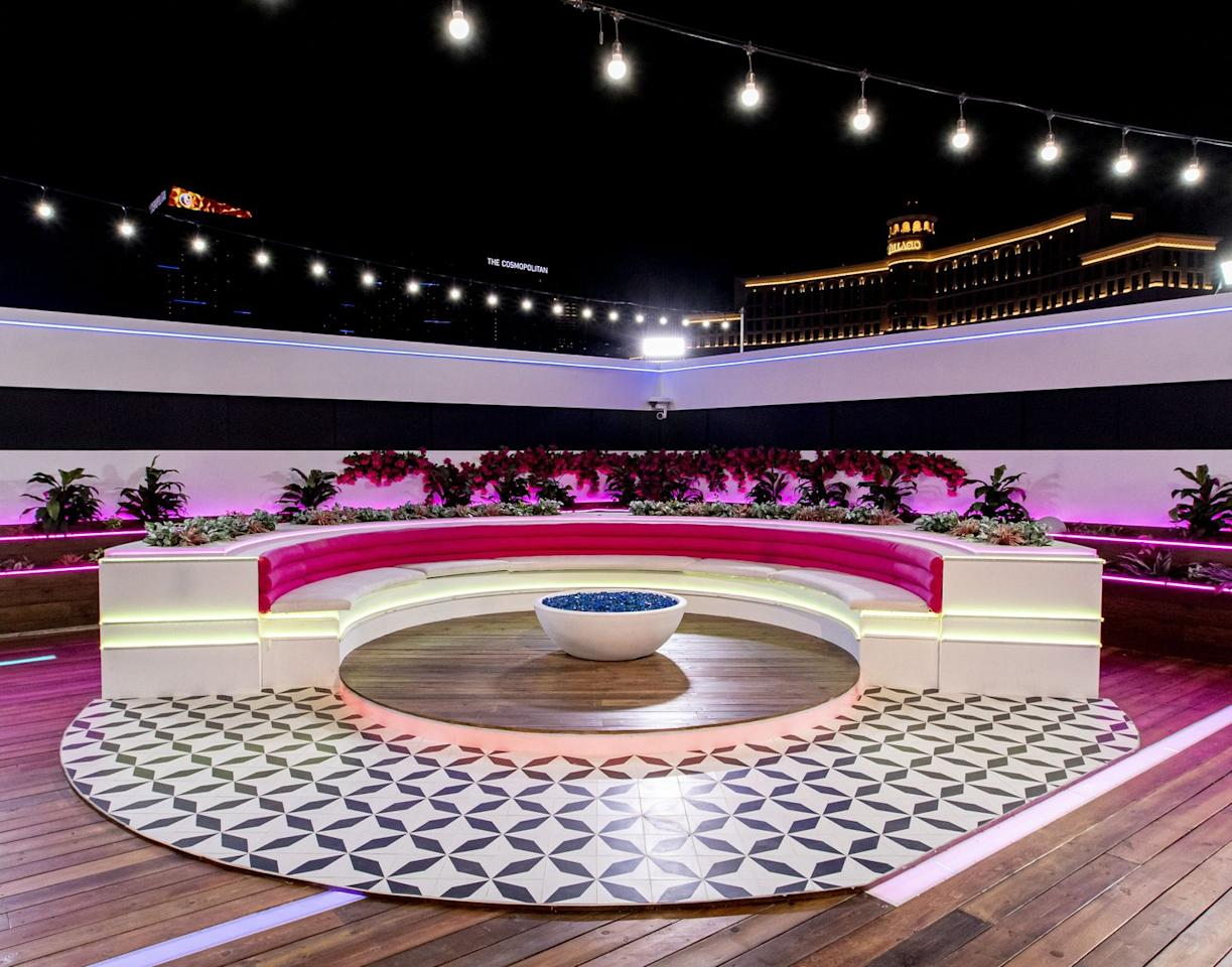<p>The traditional semi circle fire pit is given the Vegas (aka hot pink) treatment.</p>