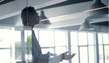 在職場生存 15% 靠實力、85% 靠口才