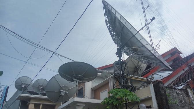 Top 3 News: Rumah Roy Suryo Penuh Parabola Viral