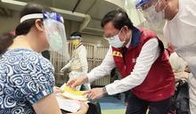 桃園首日開放88歲以上接種疫苗 長者出席踴躍