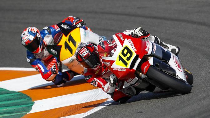 Andi Gilang saat tampil di kualifikasi pertama Moto2 FIM CEV (Astra Honda Motor)