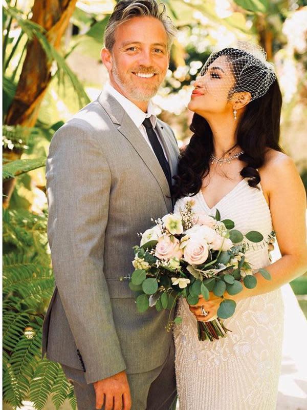 Rahma Azhari menikah dengan pria bule. (Sumber: Instagram/@raazharita)