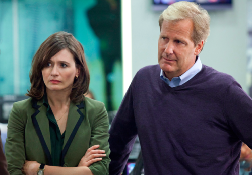 'The Newsroom' Review: the Harlem Globetrotters of News, but Pretentious