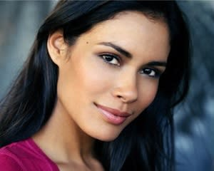 Covert Affairs Exclusive: Will Daniella Alonso Get Inside Auggie's Head?