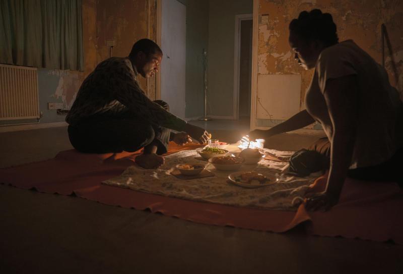 His House: Sope Dirisu as Bol Majur, Wunmi Mosaku as Rial Majur. (Aidan Monaghan/NETFLIX © 2020)