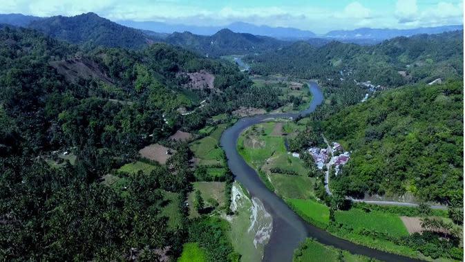Banjir tahunan yang sering terjadi antara 5 hingga 6 tahun sekali bukan karena hutannya sudah gundul, sebagian warga mempercayai hal mistis jadi penyebabnya. (Lipuan6.com/ Arfandi Ibrahim)