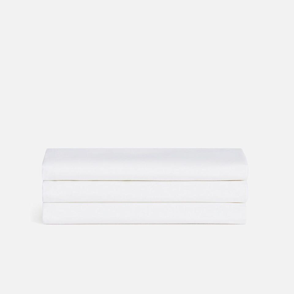 """<p><strong>Brooklinen</strong></p><p>brooklinen.com</p><p><strong>$74.00</strong></p><p><a href=""""https://go.redirectingat.com?id=74968X1596630&url=https%3A%2F%2Fwww.brooklinen.com%2Fproducts%2Fluxe-starter-sheet-set&sref=https%3A%2F%2Fwww.bestproducts.com%2Flifestyle%2Fg34211614%2Fnon-prime-day-deals%2F"""" target=""""_blank"""">Shop Now</a></p><p>Brooklinen makes some seriously <a href=""""https://www.bestproducts.com/home/a28278520/brooklinen-luxe-sateen-sheets/"""" target=""""_blank"""">luxe bedding</a>. These 480-thread count sheets are not only soft and smooth, but they come in the most convenient set. <a href=""""https://www.buzzfeed.com/rachelysanders/big-linen"""" target=""""_blank"""">Ditch the top sheet</a> – because you don't need it – and opt for this starter set that includes a fitted sheet and two pillow cases. Brooklinen recently launched an adorable new collection for babies called <a href=""""https://go.redirectingat.com?id=74968X1596630&url=https%3A%2F%2Fwww.brooklinen.com%2Fcollections%2Fbrooklittles&sref=https%3A%2F%2Fwww.bestproducts.com%2Flifestyle%2Fg34211614%2Fnon-prime-day-deals%2F"""" target=""""_blank"""">Brooklittles</a> if you are shopping for little ones! Act fast because Brooklinen is offering 15% off on October 13 and 14. </p>"""