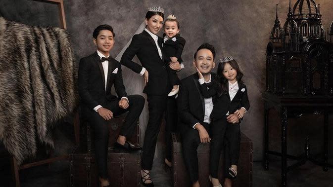 Keluarga Ruben Onsu (Sumber: Instagram/FD Photography)