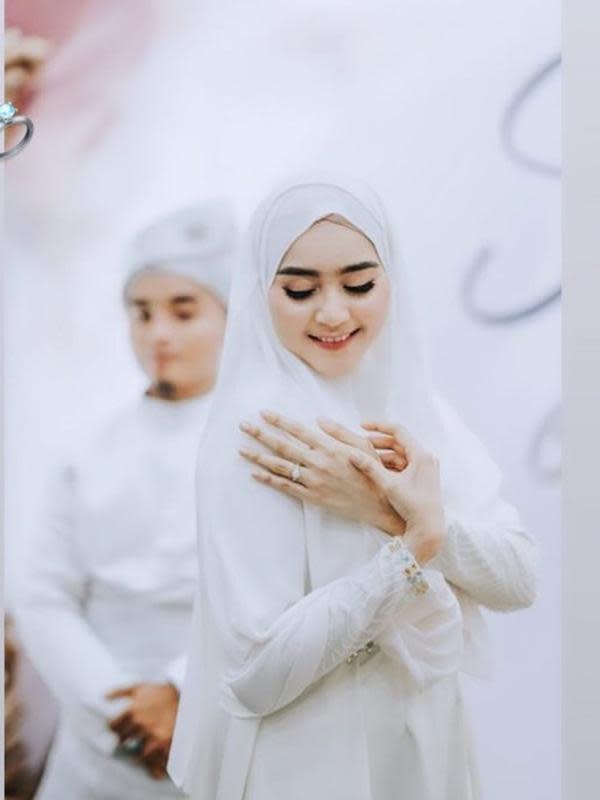 Taqy Malik resmi menikahi selebgram cantik, Serrel Nadirah Thalib. (Sumber: Instagram/@sherel_thalib)