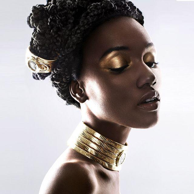 <p>A gold necklace or bracelet, seen most notably on the runway of Bottega Veneta, is just the bold finishing touch for any minimalist ensemble. </p>