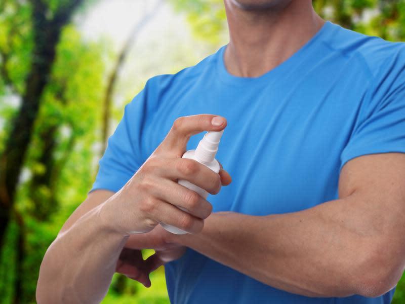 經吸血進入人體 可穿長袖衣褲預防