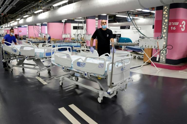 Israel toughens second lockdown as virus cases surge