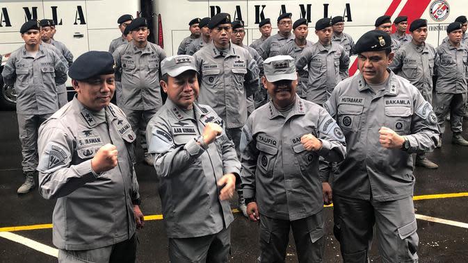 Kepala Bakamla Laksmada Madya TNI Aan Kurnia usai serah terima jabatan dengan Laksamana Madya TNI (Pur) Achmad Taufiqoerrochman. (Liputan6.com/Putu Merta Surya Putra)