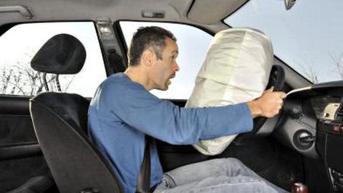 Ketahui Fungsi dan Cara Merawat Airbag Mobil