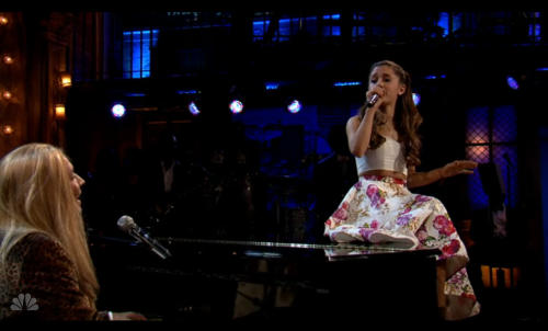 Jimmy Fallon and Ariana Grande's Profanity-Fueled Lesson on 'The History of Rap'