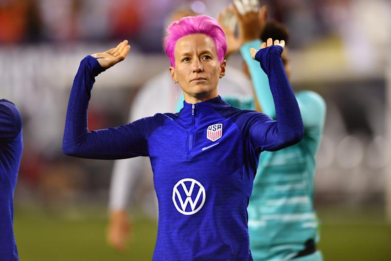 PHILADELPHIA, PA - AUGUST 29: US Forward Megan Rapinoe (15) gestures to the crowd while walking the field after the game between Portugal and The United States on August 29, 2019 at Lincoln Financial Field in Philadelphia, PA. (Photo by Kyle Ross/Icon Sportswire via Getty Images)