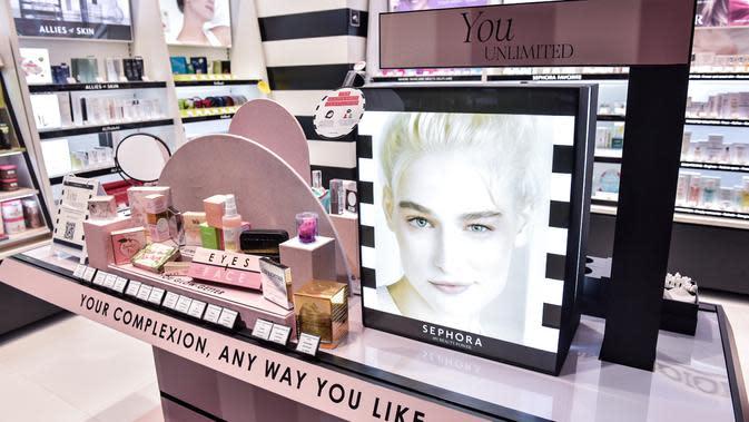 Penataan produk yang semakin mempermudah kita saat berbelanja.