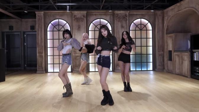 BLACKPINK suguhkan video dance untuk single terbaru, Lovesick Girls. (Youtube BLACKPINK)