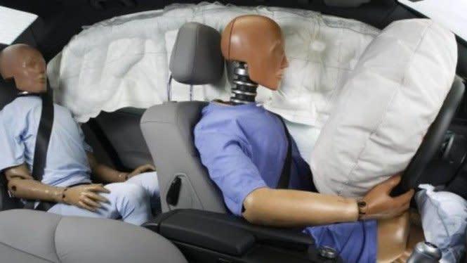 Bikin Airbag Mobil Semakin Aman, Gratis dan Gak Perlu Keluar Rumah