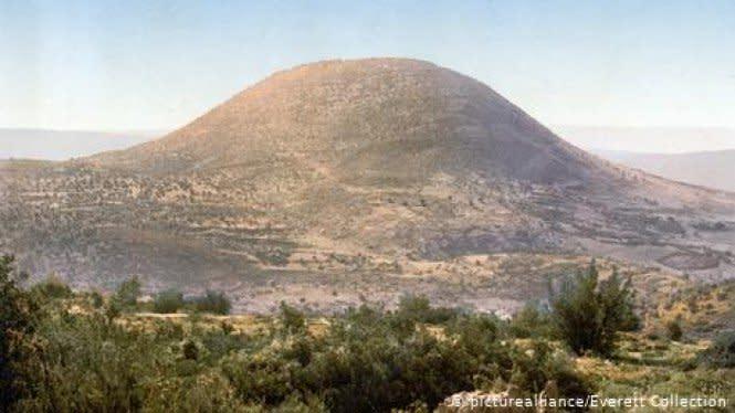 Gereja Kuno Berusia Ribuan Tahun Ditemukan Dekat Gunung Suci Israel