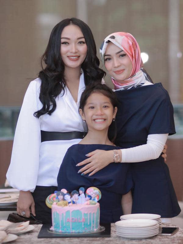 Zaskia Gotik dan Imel Putri Cahyati (Instagram/imelpc)