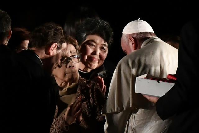 """广岛幸存者向教皇描述他们的""""地狱场面"""""""