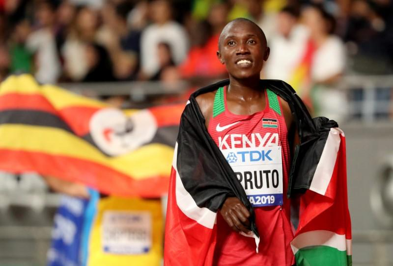 Kipruto sets 10km road world record in Valencia