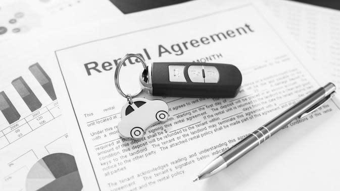 Perusahaan bisa menghemat pengeluaran dengan menggunakan jasa rentalmobil untuk kendaraan operasional kantor.