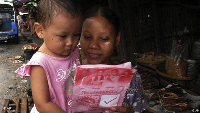 Perempuan Myanmar. (Source: AP)