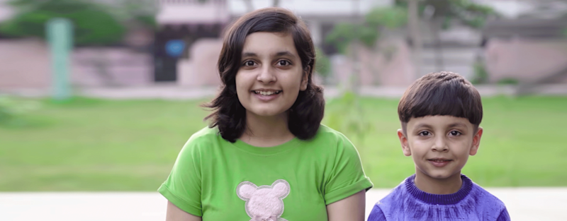 Sibling duo Ayush (Aayu) and Prakruti (Pihu) from Kota, Rajasthan are considered mini-celebrities in their hometown. Their video on lying, called Ek Jhooth, has been viewed over 35 million times.