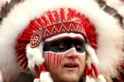 Juara Super Bowl Kansas City Chief larang hiasan kepala dan cat wajah