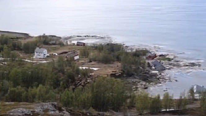 Dahsyatnya Longsor di Norwegia,Rumah-rumah Sekejap Ditelan Laut