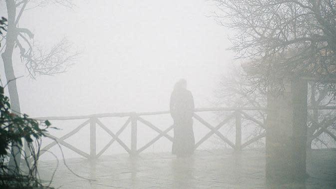 Ilustrasi penampakan hantu. (Sumber Wikimedia/William Neuheisel via Creative Commons)